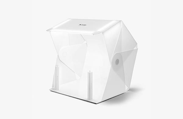 Foldio3 foldable product photo studio with halo bar lighting kit